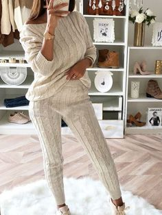 2018 Women's Stylish Round Neck Two Piece Casual Warm Knit Wears Sets suits Brunch Outfit, Hot Suit, Types Of Sleeves, Dresses With Sleeves, Casual Tops For Women, Warm Sweaters, Sweater Set, Lounge Wear, Ideias Fashion