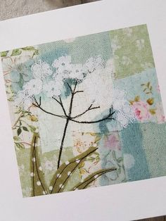 Freehand Machine Embroidery, Free Motion Embroidery, Fabric Postcards, Fabric Cards, Textile Prints, Textile Art, Impression Textile, Art Carte, Scrap Fabric Projects