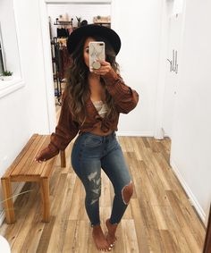 Casual winter fashion outfits women page 7 Cute Fall Outfits, Winter Fashion Outfits, Night Outfits, Stylish Outfits, Summer Cowgirl Outfits, Casual Bar Outfits, Casual Night Out Outfit, Winter Night Outfit, Cute Party Outfits