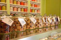 meascán-macaróin-Miette-bakery-Larkspur-California Source by esaintmicheal Bakery Store, Bakery Cafe, Cafe Restaurant, Cafe Interior Design, Cafe Design, Design Design, Cupcake Shops, Cupcake Boxes, Bakery Shop Design
