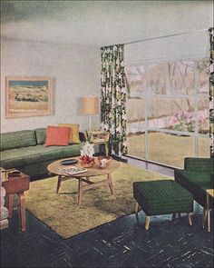 """1951 Levitt Living Room - Long Island The glass wall was designed to slide open on rollers """"so the entire room can become an extension of the garden in the summer. 1950s Living Room, Retro Living Rooms, Living Vintage, Mid Century Living Room, Mid Century Decor, Mid Century House, Mid Century Design, 1950s Bedroom, 1950s Decor"""