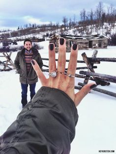 The engagement selfie is our favorite wedding trend!