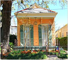 small cottages | ... Orleans Homes and Neighborhoods » New Orleans Cottages, Small Homes