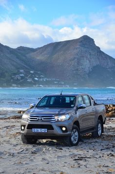 The new Hilux 4x4, Vehicles, Rolling Stock, Vehicle