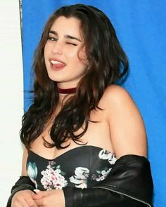 Find images and videos about lauren jauregui on We Heart It - the app to get lost in what you love. Most Beautiful Eyes, Beautiful Hijab, Fifth Harmony Lauren, Forever My Girl, Marilyn Monroe And Audrey Hepburn, Camila And Lauren, Daddy, Model Face, Confident Woman