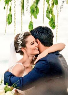 Burak Ozcivit and Fahriye Evcen got married in Sait Halim Pasha Mansion, Istanbul on June Long Hair Waves, Long Red Hair, Summer Hairstyles, Wedding Hairstyles, Long Hair Problems, Long Hair Designs, Couple Goals Tumblr, Couple Goals Cuddling, Natural Hair Styles