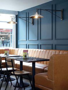 Like the Banquette Look Brewery Interior, Pub Interior, Restaurant Interior Design, Commercial Interior Design, Pub Design, Coffee Shop Design, Design Studio, Cafe Furniture, Restaurant Furniture