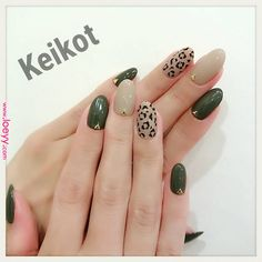 Prized by women to hide a mania or to add a touch of femininity, false nails can be dangerous if you use them incorrectly. Types of false nails Three types are mainly used. Glow Nails, Gelish Nails, Nail Manicure, My Nails, Subtle Nails, Soft Nails, Simple Acrylic Nails, Fall Acrylic Nails, Olive Nails