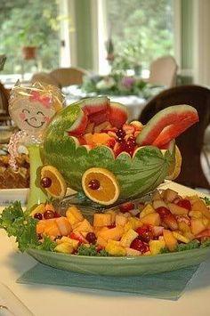 Love this sculpted watermelon....