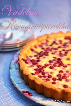 Helppo ja nopea vadelmakermaviilipiirakka My Favorite Food, Favorite Recipes, Finnish Recipes, Sweet Pie, Tofu, Food And Drink, Sweets, Easy, Desserts