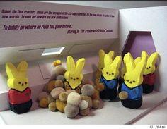 Geeky Peeps Dioramas for a Strange and Sugary Easter Weekend Star Trek Easter Peeps, Easter Candy, Happy Easter, Easter Art, Easter Food, Diorama Barbie, Johnny Depp, Deep Space Nine, Marshmallow Peeps