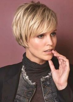 Women's Short Pixie Cut Hairstyle Straight Synthetic Hair Wigs Lace Front Cap Wigs Short Pixie Haircuts, Short Hairstyles For Women, Wig Hairstyles, Straight Hairstyles, Long Pixie Hairstyles, Natural Hairstyles, Messy Pixie Haircut, Female Hairstyles, Winter Hairstyles