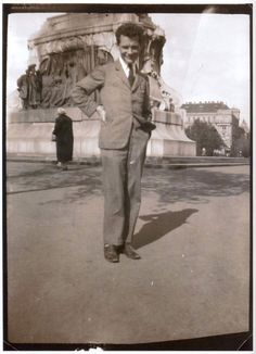 Elfeledett vagy sosem látott magyar fotók, amiknek különös történetük van   szmo.hu Ikon, Hungary, Poet, Budapest, Abraham Lincoln, History, Film, Travel, Fictional Characters