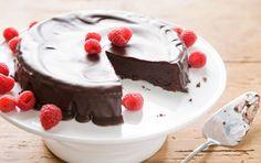 Ina Gartens chocolate ganache cake soo good!,