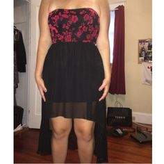 red & black floral high-low dress super cute & super comfy high-low dress. WORN TWICE !!!! mandee Dresses High Low