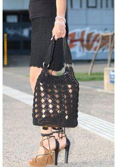 """Glamorous Night"" Bagpack & Shoulder Bag Bucket Bag, Straw Bag, Shoulder Bags, Glamour, Night, Fashion, Moda, Fashion Styles, Pouch Bag"