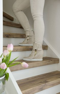 Looking for a beautiful, durable and maintenance-free staircase? Upstairs Stair renovation repairs and renovates every open or closed staircase in every interior. Painted Stairs, Wood Stairs, Basement Stairs, House Stairs, Wood Stair Treads, Modern Stair Railing, Modern Stairs, Staircase Design, Open Staircase