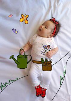 Alexa de Mayor Quiere ser Jardinera. Fotografia & Ilustración Creativa de bebés y niños soñadores. bebé baby