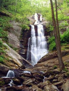 Toms Creek Falls - nice easy hike in Marion, NC. Great for families with small children.