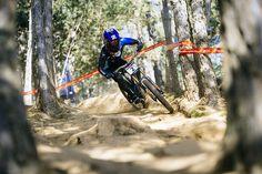 La Copa del Mundo 2016 de mountain bike de descenso para Aaron Gwin y Rachel Atherton. La última prueba se disputó en el bike park de Vallnord (Andorra).