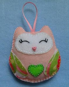 Handmade felt owl color light pink
