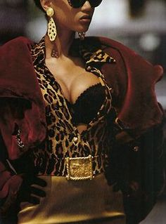 Tyra by Gilles Bensimon, 1992 (styling screams Carlyne Cerf)