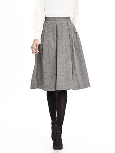 Dear Stitch Fix: This is maybe a little long, but I like the look of a fuller skirt with tights for winter. However, I struggle with finding tops to go with things like this.