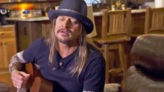 Acoustic guitar in hand, Kid Rock opened his mouth and ended up delivering one of the most touching performances we& ever seen from him. Kid Rock Lyrics, Kid Rock Songs, Kid Rock Quotes, Rock Music Quotes, Music Rock, New Country Songs, Country Music Lyrics, Country Music Videos, Music Background