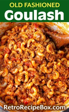 Old Fashioned Goulash is a deliciously simple comfort food recipe with ground beef, tomatoes, and macaroni. You may have eaten this retro Goulash recipe as a kid. It is an easy weeknight meal to make, and super kid friendly! retrorecipebox.com #goulash #casserole #groundbeef Best Goulash Recipes, Crockpot Recipes, Cooking Recipes, Recipe For Goulash, Chicken Recipes, Slow Cooker Goulash Recipes, Minced Beef Recipes Easy, Classic Goulash Recipe, Cooking Okra