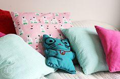 Oravanpesä Throw Pillows, Bed, Gate Valve, Toss Pillows, Cushions, Stream Bed, Decorative Pillows, Beds, Decor Pillows