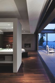 Long Beach Modern Home Interior Exterior, Exterior Design, Home Interior Design, Interior Architecture, Interior Decorating, Modern Master Bedroom, White Bedroom, Decoration Inspiration, Decor Ideas