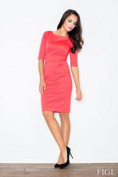 Ołówkowa sukienka z zabudowaną górą