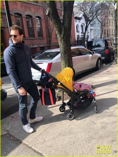 Jamie Dornan Takes His Youngest Daughter for a Walk in Brooklyn! - Jamie Dornan Takes His Youngest Daughter for a Walk in Brooklyn! 50 Shades Of Grey, Fifty Shades, Jamie Dornan Daughter, Celebrity Photos, Celebrity News, Casual Outfits, Men Casual, Jaime Dornan, Just Jared Jr