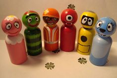 I wonder where I can get unpainted wood peg dolls? besides etsy? (idea and image from pocketfulofclovers.storenvy.com)