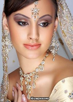 A nice variation of the traditional Indian wedding makeup.