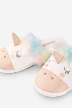 I love Unicorns – Sport Ideas Cute Slippers, Slippers For Girls, Sock Shoes, Cute Shoes, Baby Shoes, Little Girl Shoes, Girls Shoes, Girls Fashion Clothes, Girl Outfits