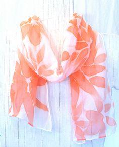 I love scarves...
