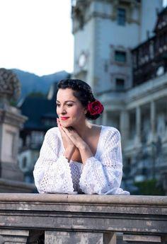 Angela Gheorghiu    Photo: Cosmin Gogu  Hairstyle & makeup: George Popescu  Costume: Maria Dragomiroiu's private collection