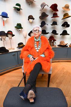 94-Year-Old Iris Apfel at Paris Fashion Week Fall 2016 Photos | W Magazine