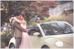햇살 좋은 가을 날, 아름다운 정원에서 펼쳐지는 둘만의 로맨틱 웨딩 신 3 Couple Photos, Couples, Couple Shots, Couple Photography, Couple, Couple Pictures