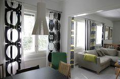 mix and match marimekko curtains // k o t t b y: Suoria saumoja