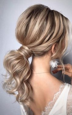 ponytail hairstyles # Wedding Hairstyles ponytail Gorgeous Ponytail Hairstyle Ideas That Will Leave You In FAB - Fabmood Medium Hair Styles, Curly Hair Styles, Medium Hair Wedding Styles, Summer Wedding Hairstyles, Hairstyle Wedding, Rustic Wedding Hairstyles, Up Hairstyles, Hairstyle Ideas, Bridal Hairstyles
