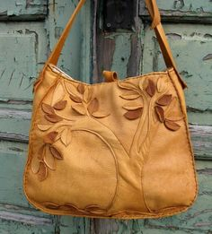 Purse pattern CLICK THIS PIN if you want to learn how you can EARN MONEY while surfing on Pinterest | See more about purse patterns, leather bags and purses.
