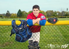 Senior photography, sports photography, senior portraits, photos, male poses, boy poses, photography poses, senior baseball, catcher, baseball