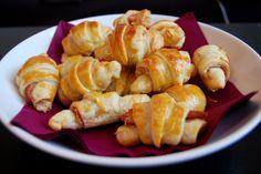 Mini croissants jambon de Bayonne & Emmental ( 12 m au four pate feuilletée jambon de bayonne gruyere rapé)