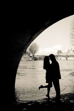 Paris engagement shoot by Juliane Berry Photography