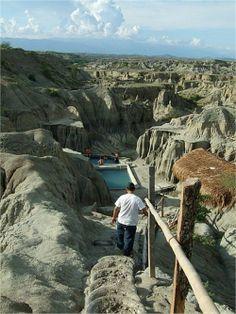 , Natural Pool, The Tatacoa Desert Villavieja Huila, Colombia Vacation Places, Vacation Trips, Places To Travel, Places To See, Visit Colombia, Colombia Travel, Ecuador, Machu Picchu, Travel Around The World