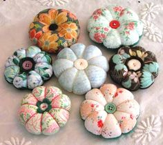 flower pincushions- dogwood, poppy, sakura cherry blossoms, flower puffs. - MISCELLANEOUS TOPICS