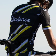 Cadence Tempo Jersey - Men's Cycling Jersey – Cadence Collection