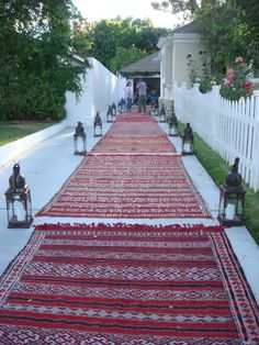 http://www.e-mosaik.com/ Moroccan party rugs for rent